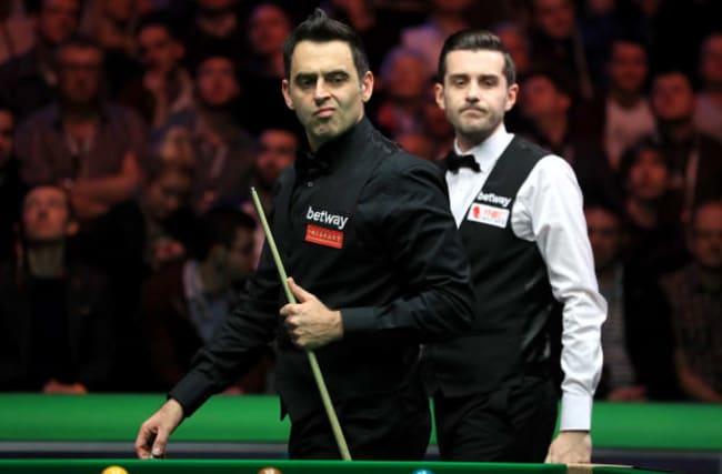 Selby dodges O'Sullivan fist bump before sealing Scottish Open semi-final spot