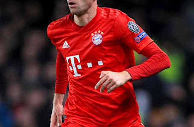 Thomas Muller signs two-year contract extension with Bayern Munich