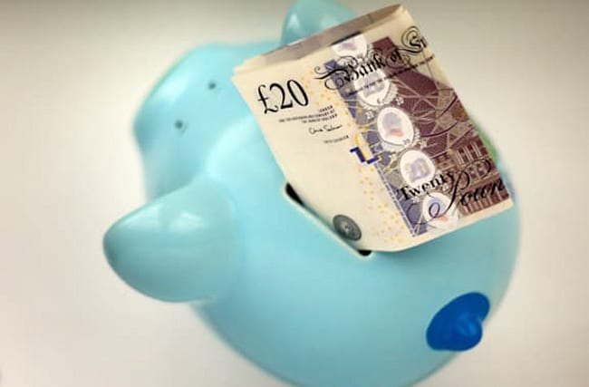 Many consumers holding money in cash rather than investing it – FCA
