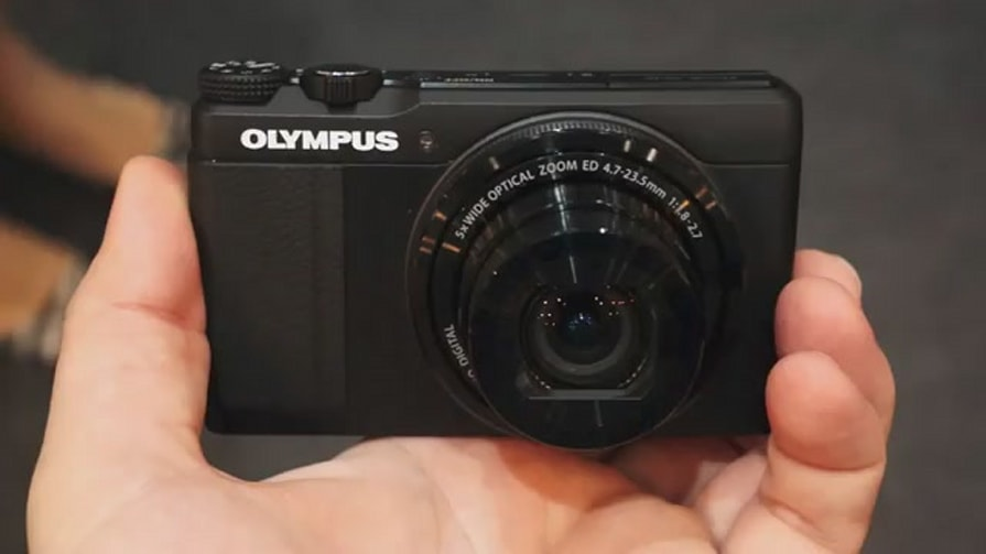 Olympus Stylus XZ-10 Hands-On