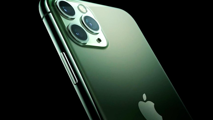 iPhone 11 Pro and Pro Max in 8 minutes