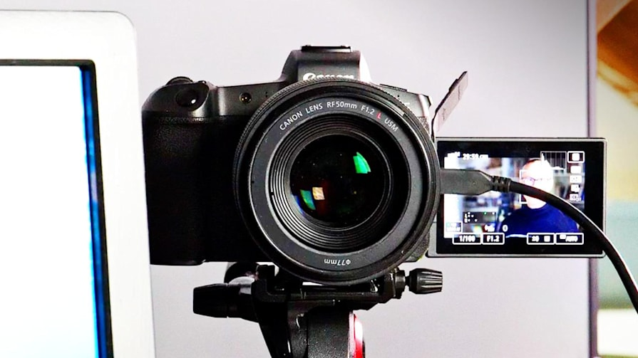 How to use your DSLR or mirrorless camera as a Zoom webcam