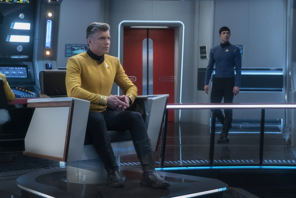 """Q&A"" -- Episode SF #007 -- Pictured (l-r): Anson Mount as Captain Pike; Ethan Peck as Spock; of the the CBS All Access series STAR TREK: SHORT TREKS."
