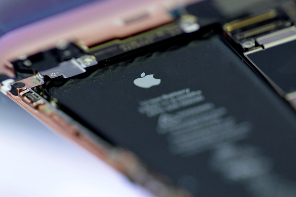 Apple gets $113 million slap on the wrist for 'Batterygate'
