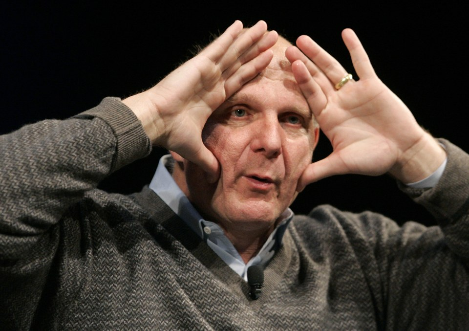 Microsoft CEO Steve Ballmer gestures during a talk to students at Stanford University, as part of the Entrepreneurial Thought Leaders program, in Palo Alto, California May 6, 2009. REUTERS/Robert Galbraith  (UNITED STATES BUSINESS IMAGES OF THE DAY SCI TECH)