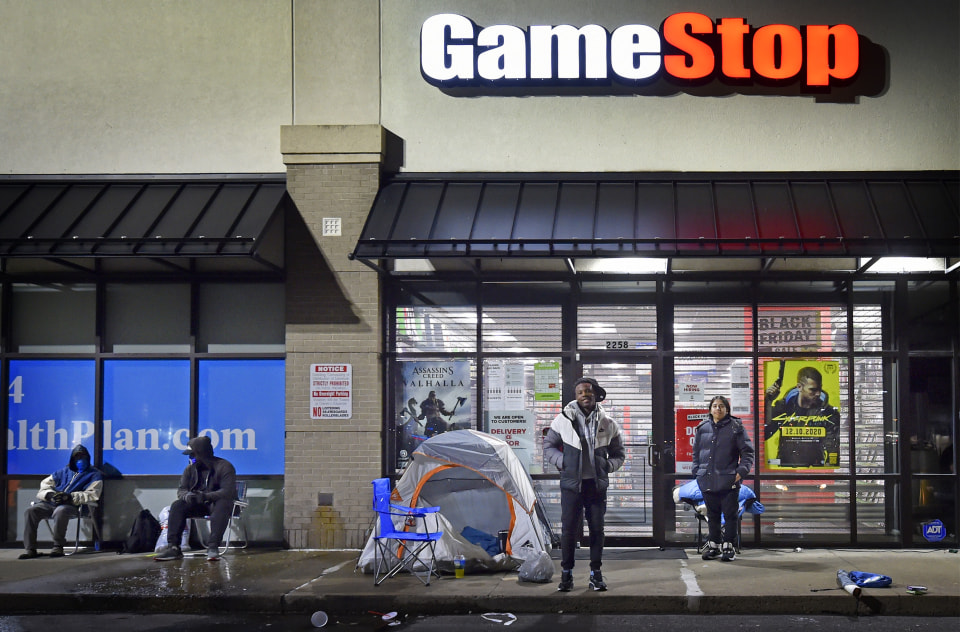 WILKES-BARRE, UNITED STATES - 2020/11/27: Shoppers camped outside of the Game Stop for the chance to buy one of four popular gaming consoles the store had for Black Friday. (Photo by Aimee Dilger/SOPA Images/LightRocket via Getty Images)