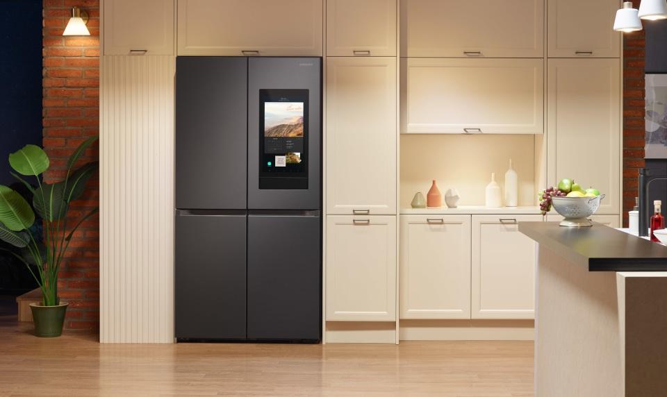 Samsung 2021 Family Hub refrigerator