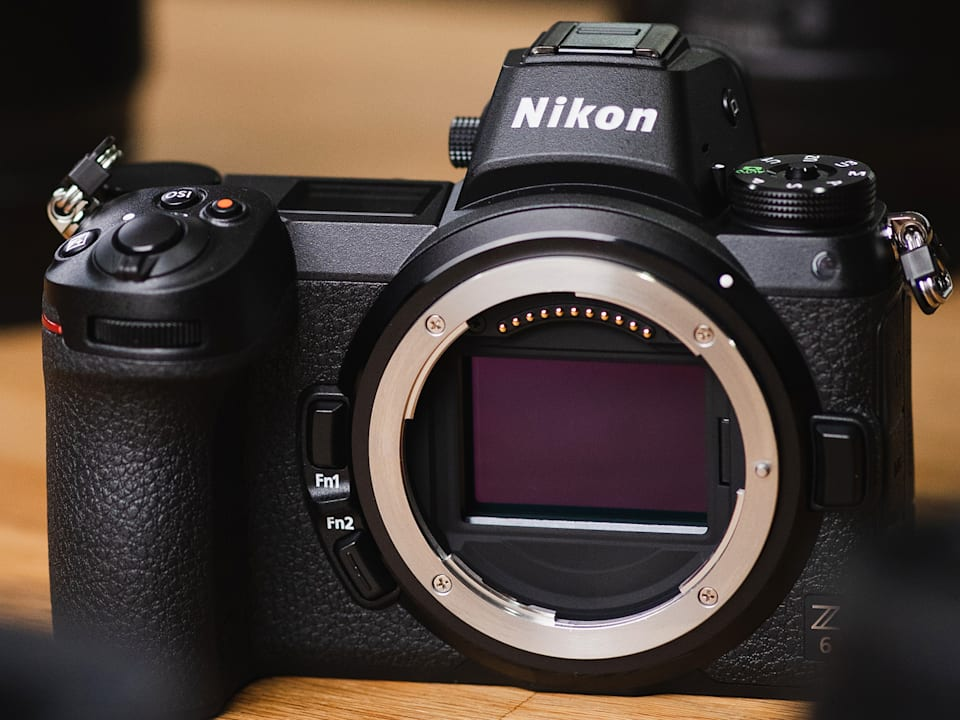 What makes mirrorless cameras unique?