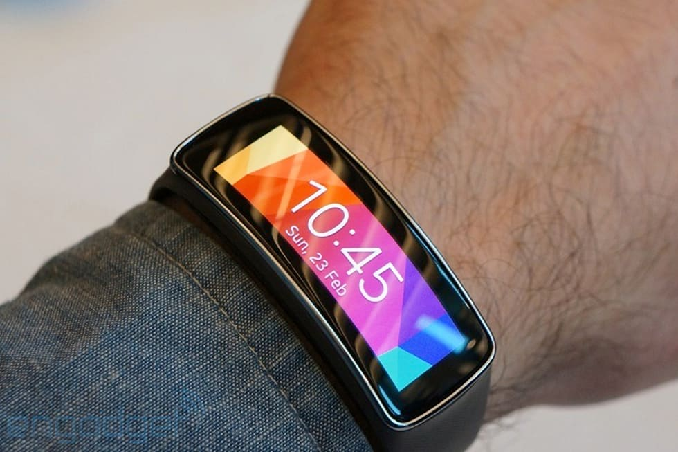 Samsung Gear Fit hands-on