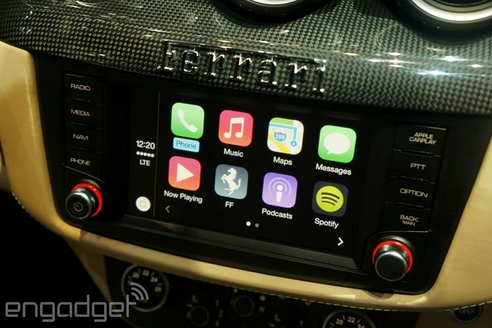 Hands On With Apple S Carplay When Siri Met Ferrari Video