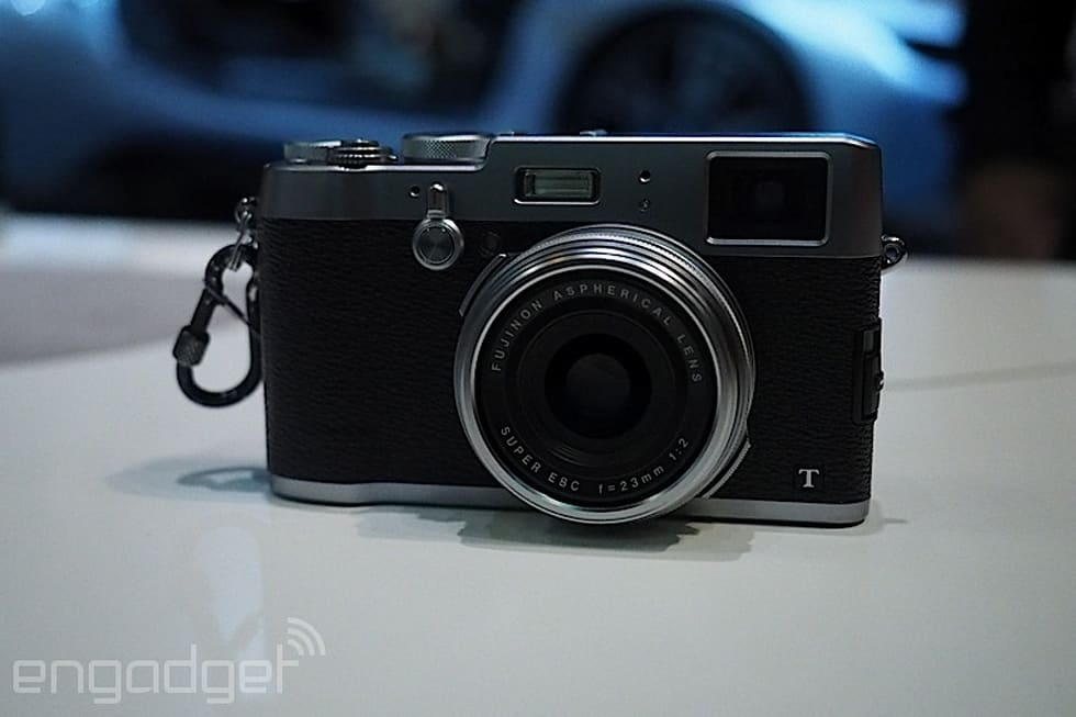 Fujifilm's hybrid viewfinder makes the X100T compact camera
