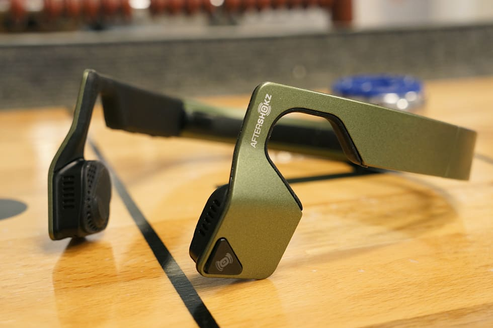 0287095d21b Bone conduction headphones let me ditch the boombox, but still cycle ...