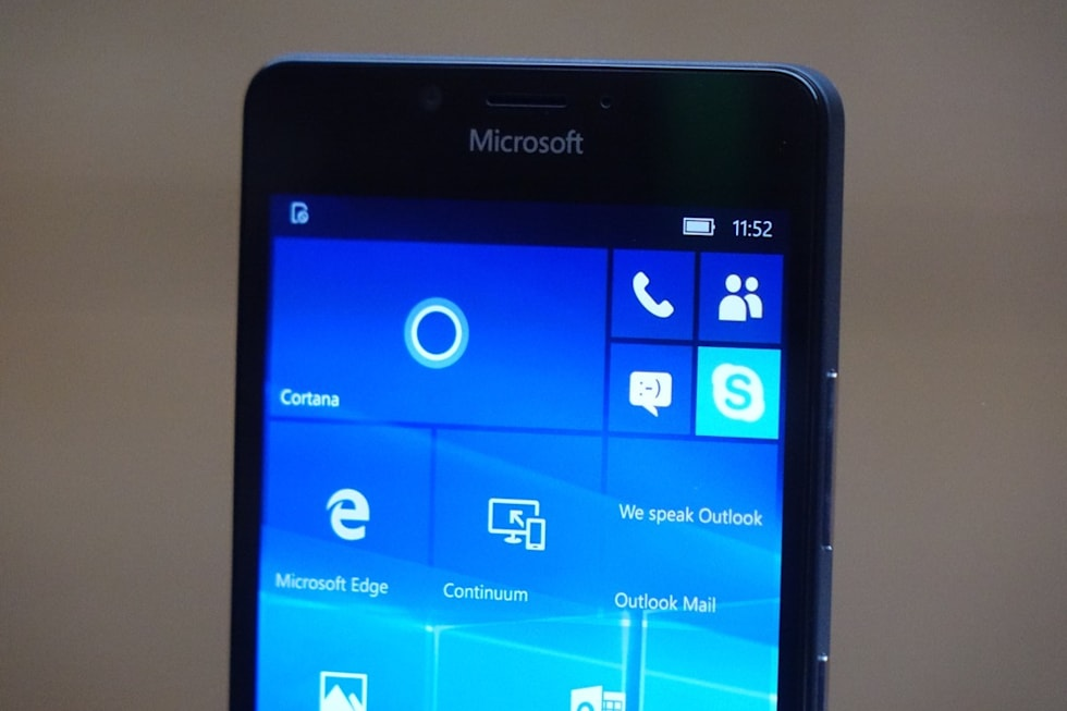 Hands-on with the Lumia 950 XL