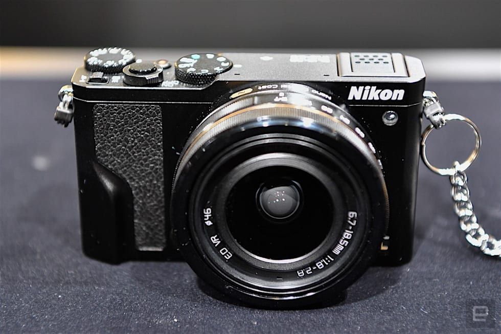 Nikon DL Hands-on