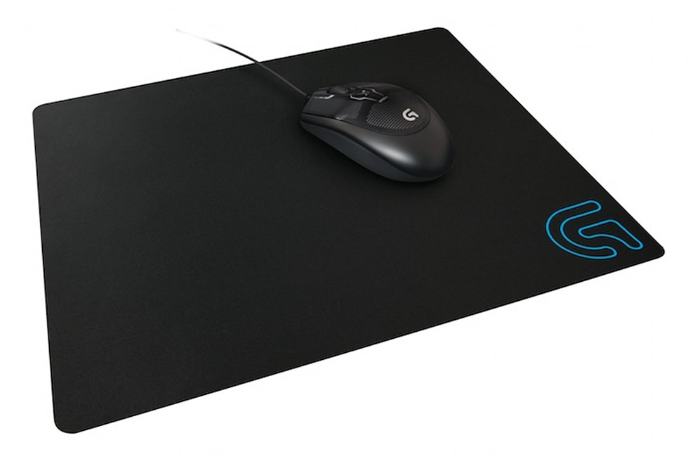 daec3cd2ea9 Gallery: Logitech G602 wireless gaming mouse, G440 and G240 mousepads | 3  Photos