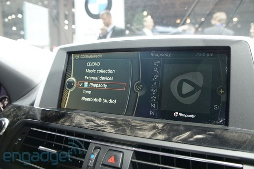 BMW announces compatibility with four new iOS apps, removable in-car