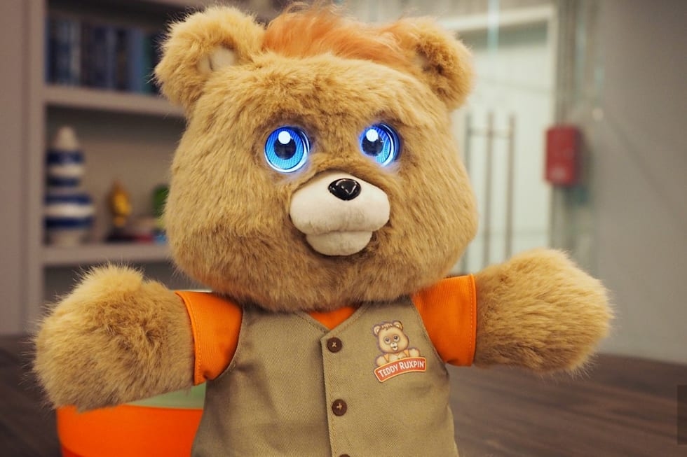 teddy ruxpin s lcd makeover is occasionally charming