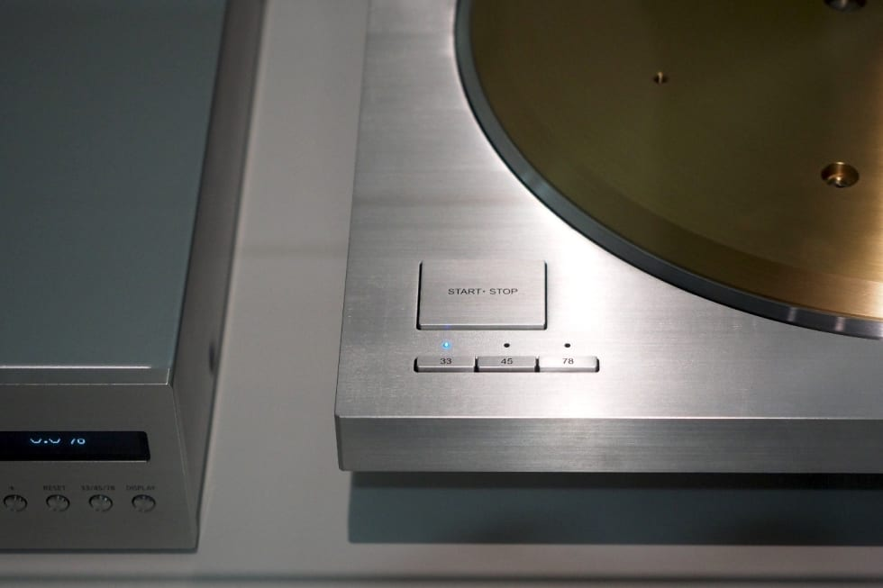 Technics' SP-10R is its latest high-end throwback turntable