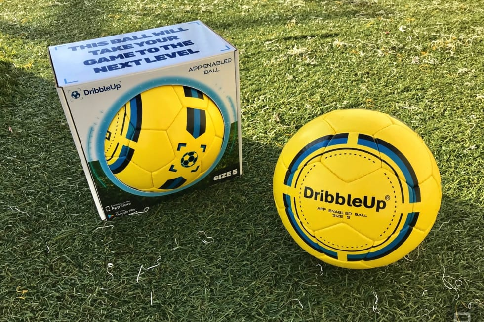 7d614e632 Gallery: Playing with DribbleUp's 'smart' soccer ball | 13 Photos