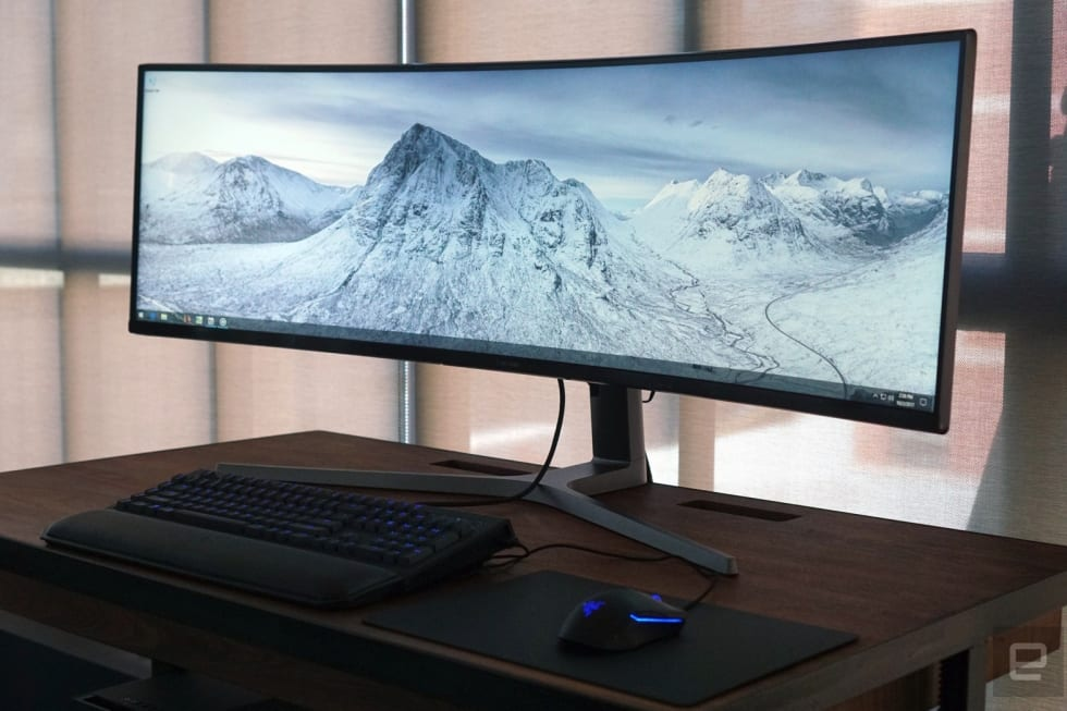 Samsung's huge 49-inch gaming monitor is an ultrawide dream