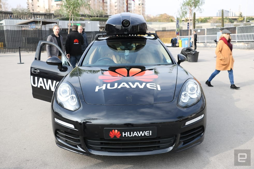 Huawei AI smartphone-driven car hands-on