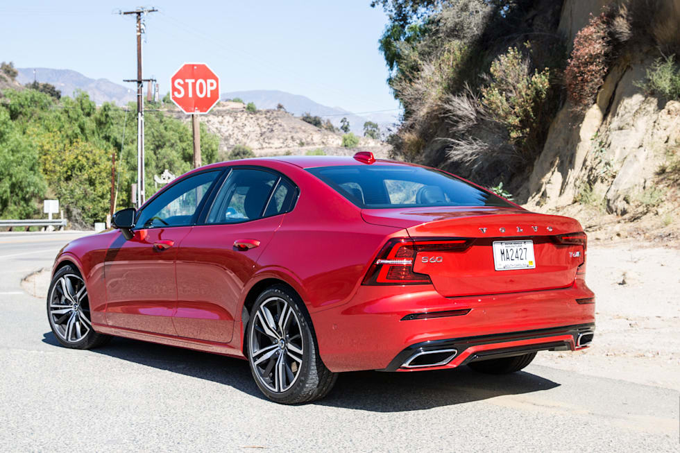 Gallery 2019 Volvo S60 Review 31 Photos