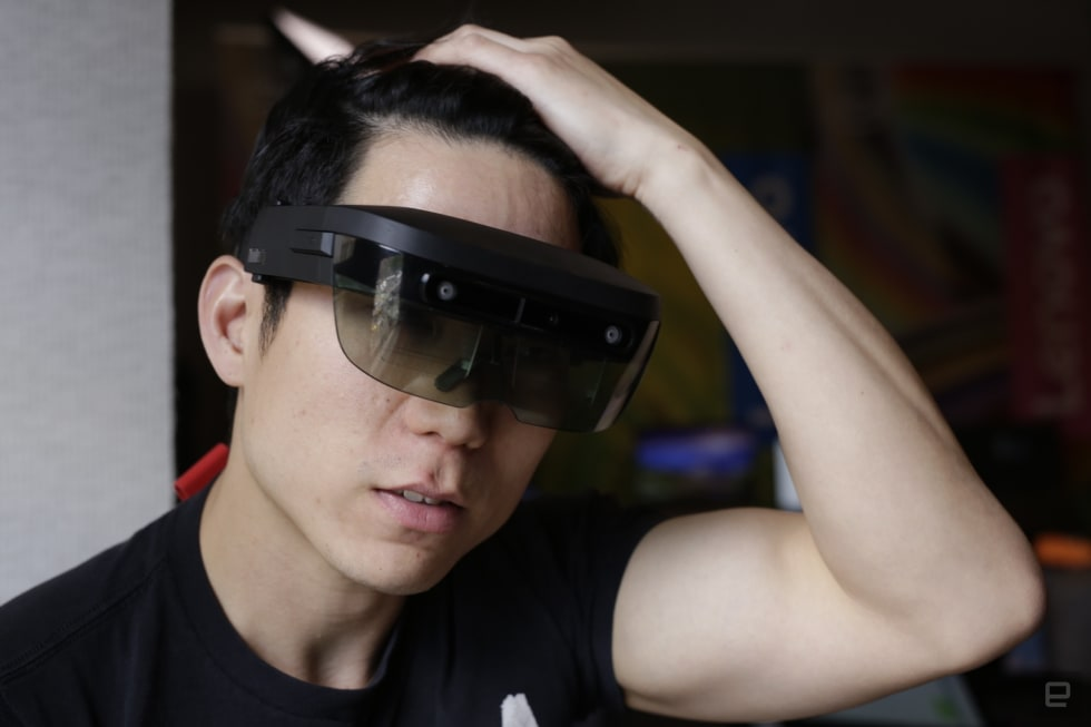 A first look at Lenovo's ThinkReality headset
