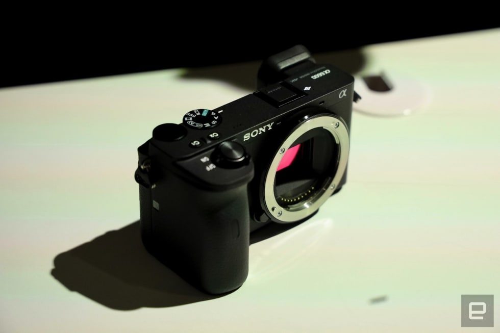 Sony A6600 and A6100 hands-on