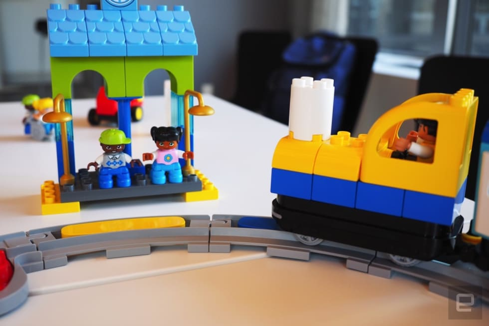 Lego's new toy train is a STEM tool for preschoolers ...