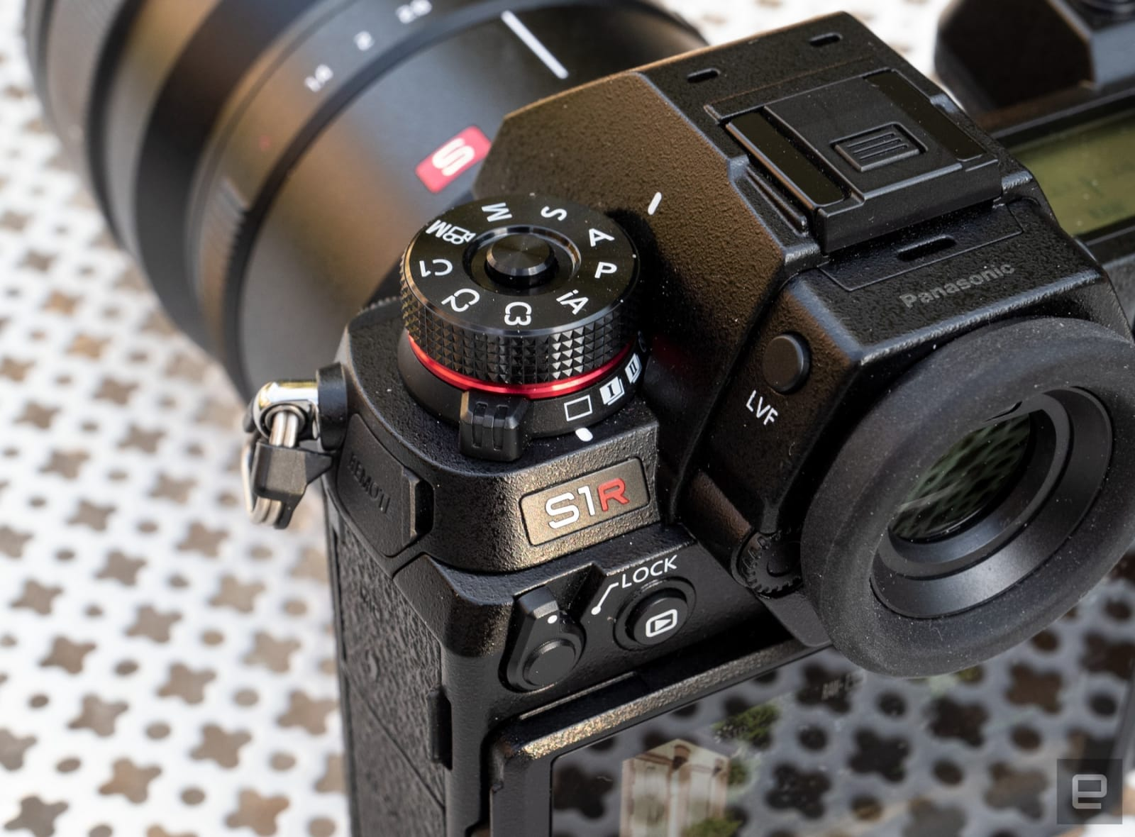 Panasonic S1R full-frame mirrorless camera