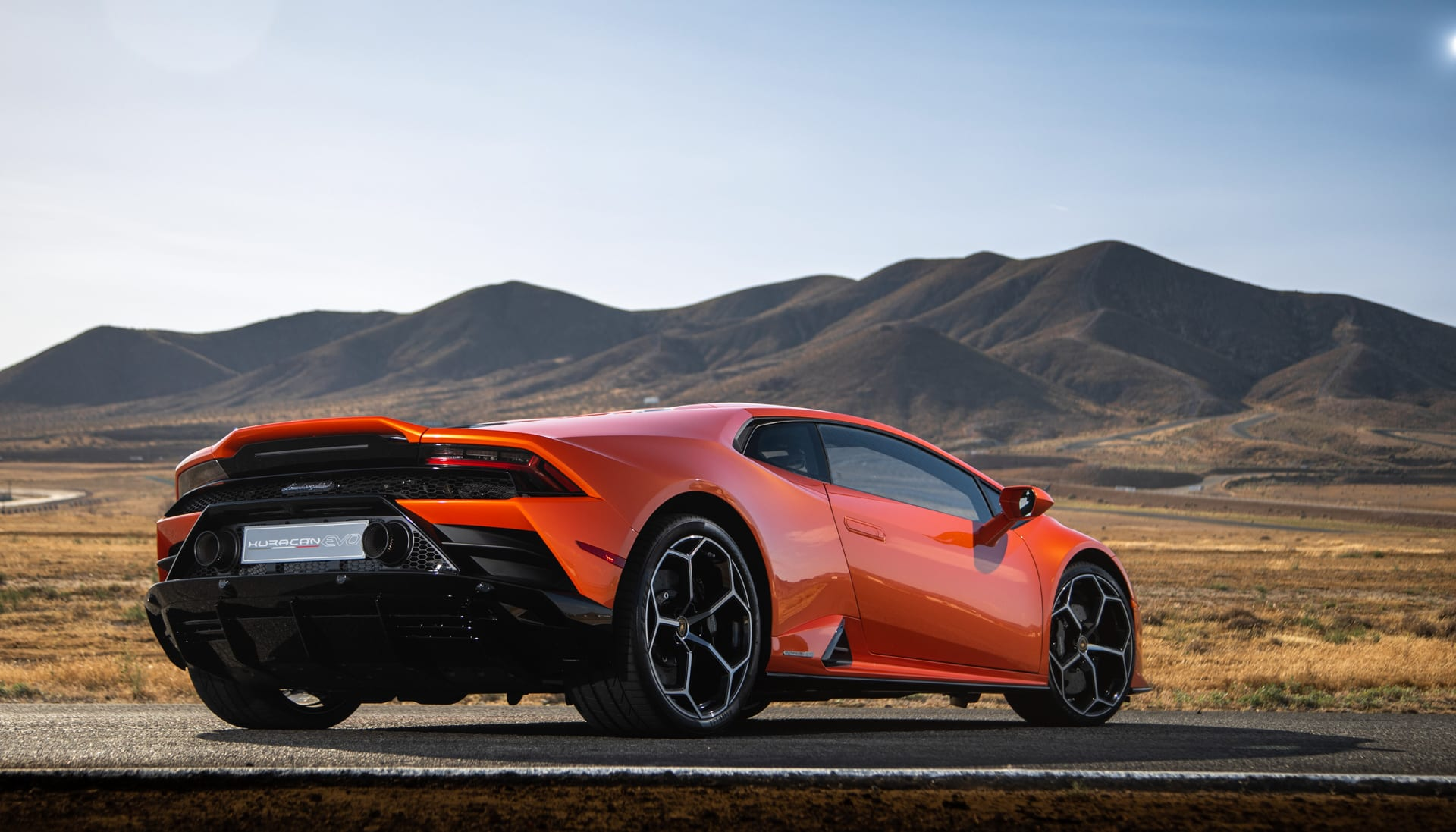 Lamborghini Huracan EVO hands on