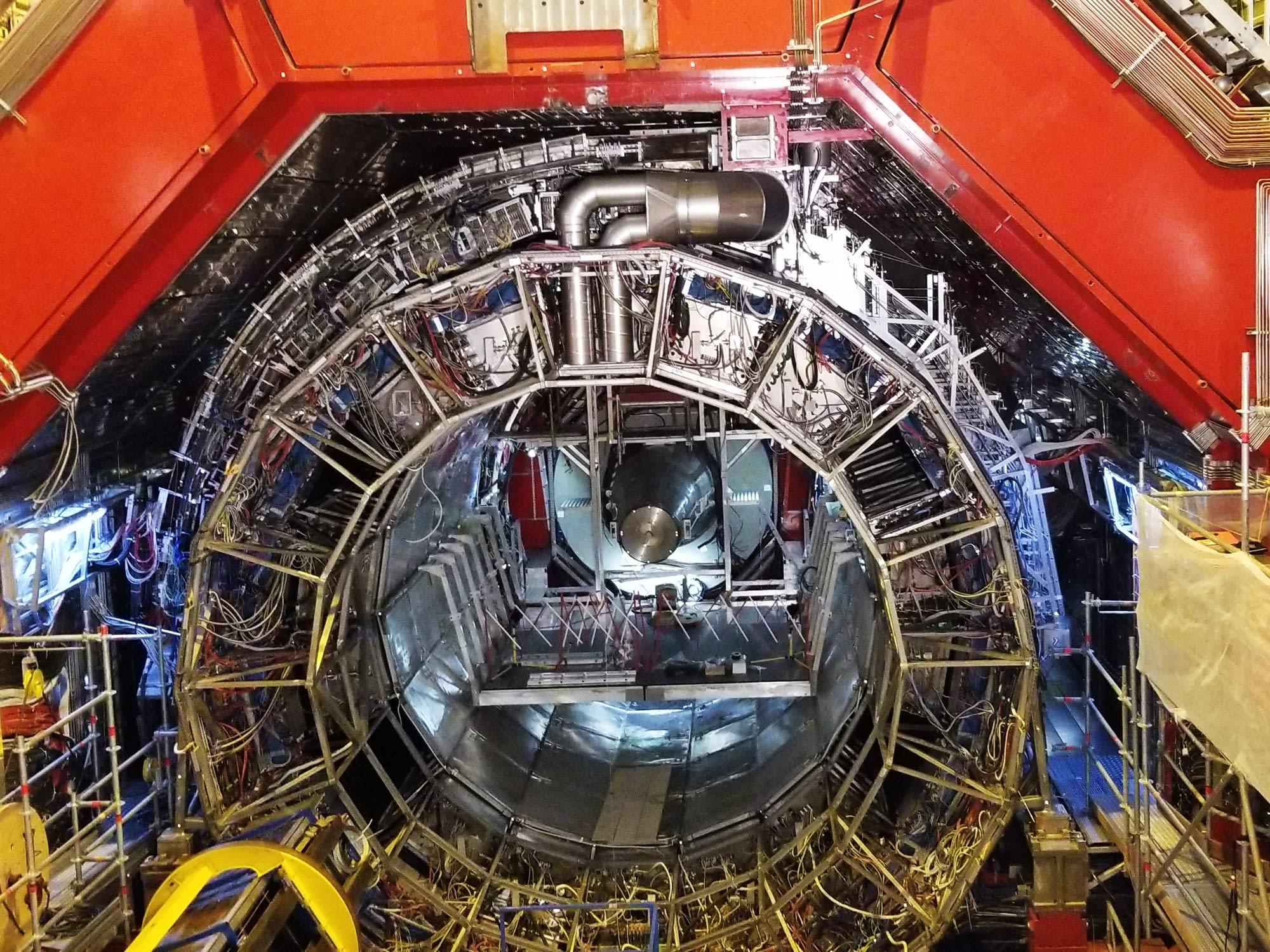 CERN_01