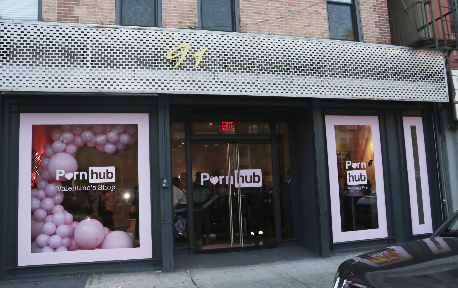 Pornhub Pop-up Valentine's Shop
