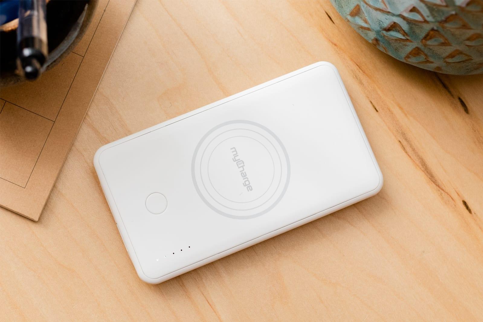 Qi wireless charging banks