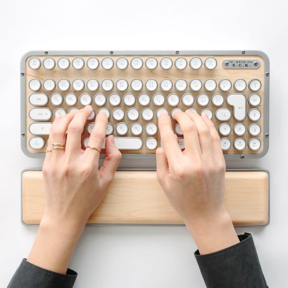 AZIO Retro Classic Keyboard