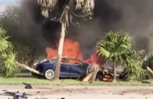 Tesla Model S driver dies in fiery crash; responders couldn't open car