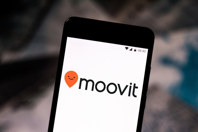 BRAZIL - 2019/08/03: In this photo illustration the Moovit logo is seen displayed on a smartphone. (Photo Illustration by Rafael Henrique/SOPA Images/LightRocket via Getty Images)