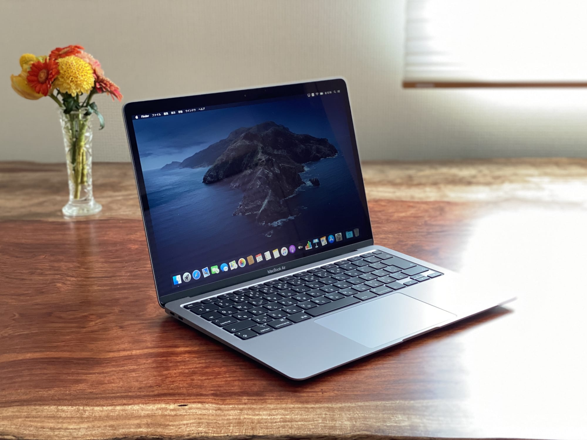 macbook 2019 いつ