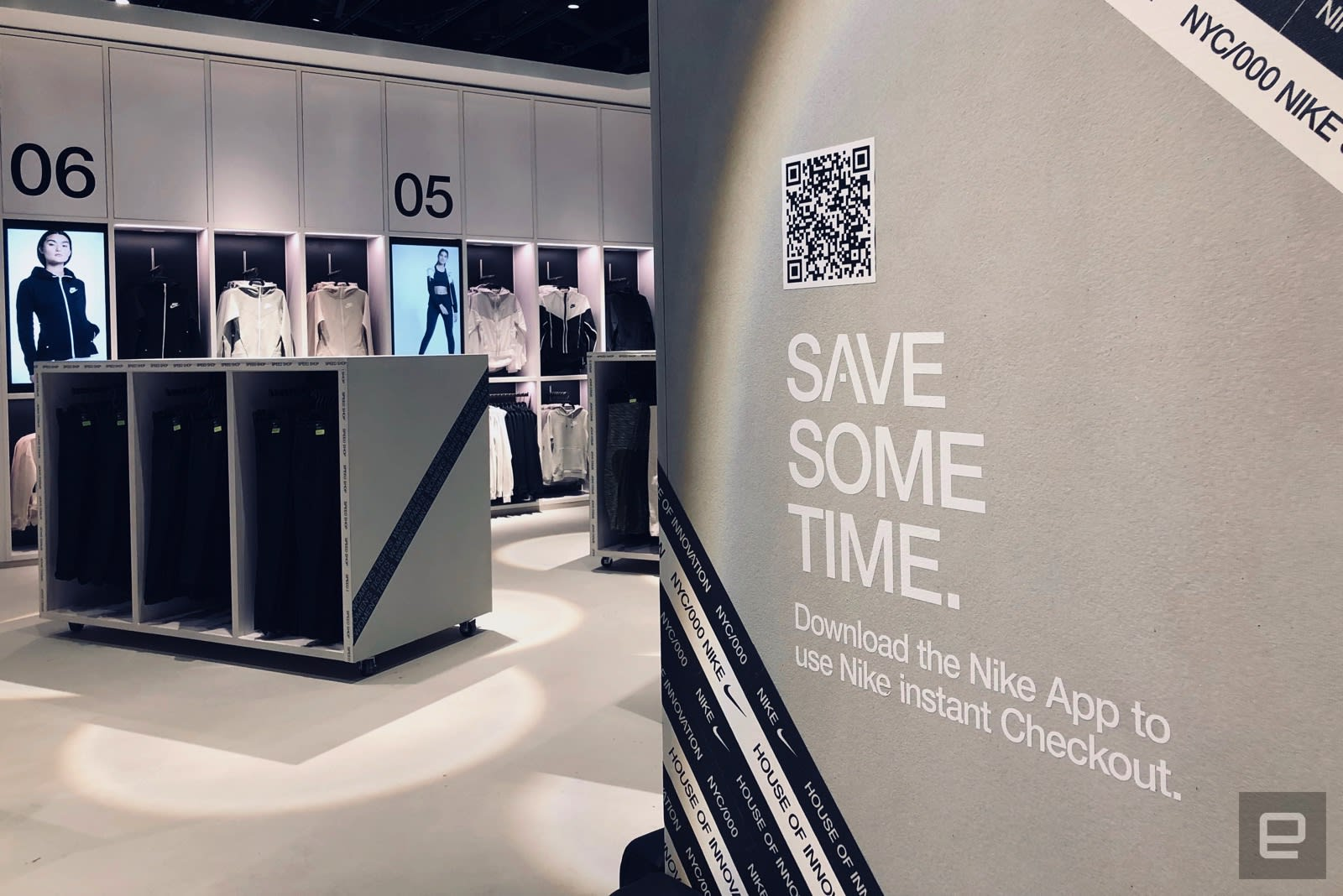 amortiguar Cardenal Dar una vuelta  Nike's new NYC flagship store is fueled by its mobile app   Engadget