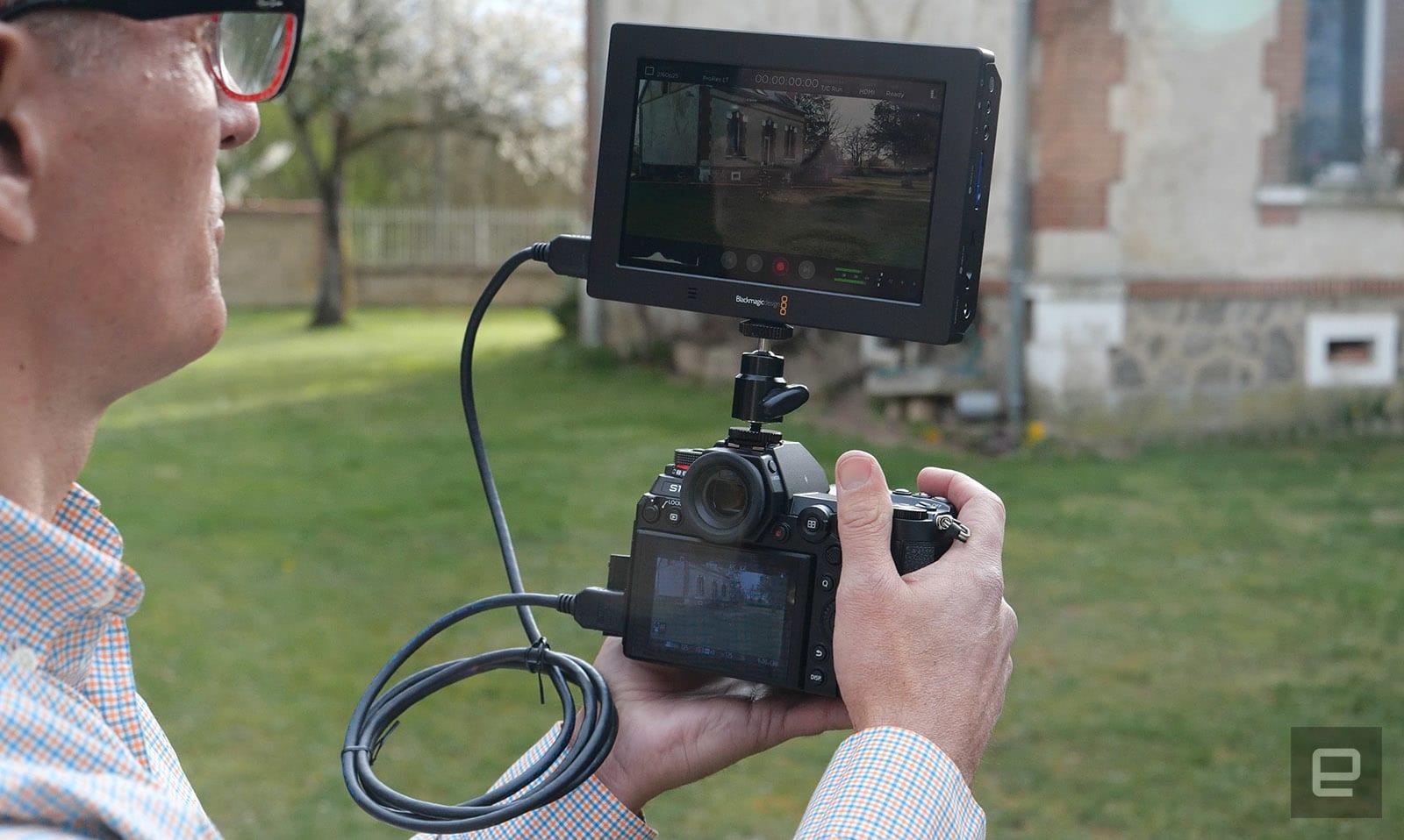 Panasonic S1 mirrorlress camera review