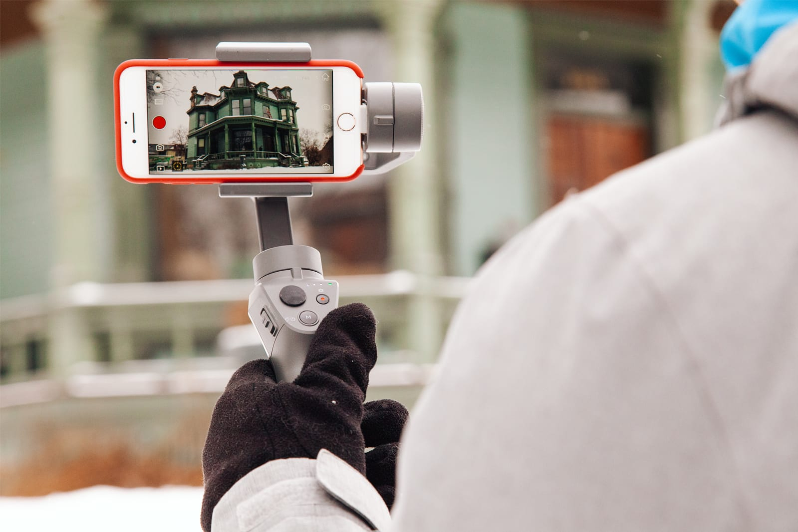 Gimbals for iPhones and Android phones
