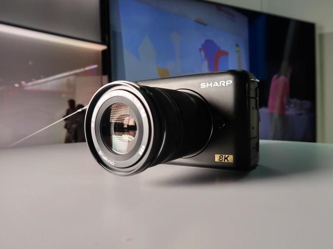 シャープ 8Kカメラ