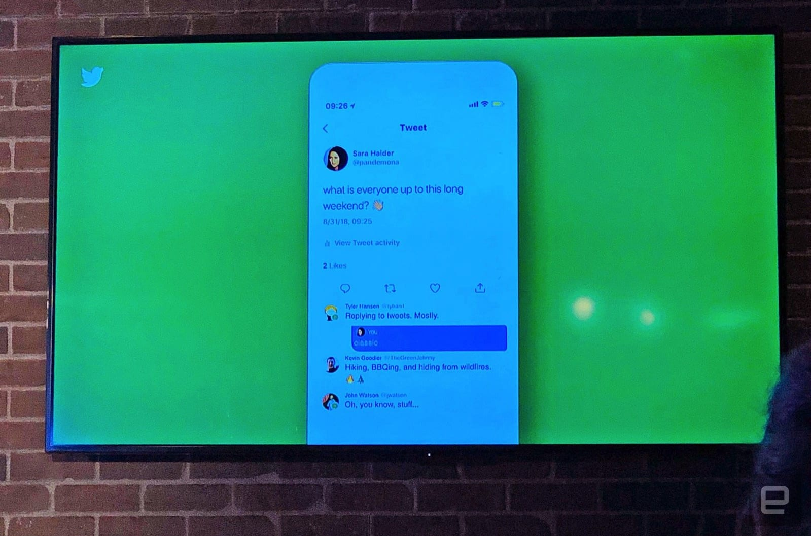 Demo of Twitter's color-coded replies