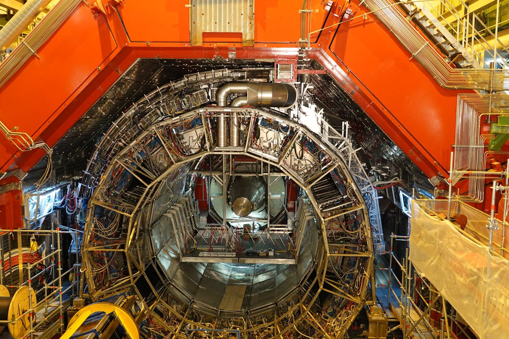CERN_16